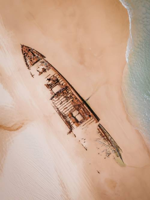 Aerial view of shipwreck wallpaper