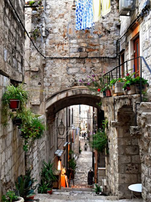 Gassen von Dubrovnik Wallpaper für Handys und Tablets