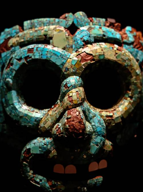 Aztec mask wallpaper