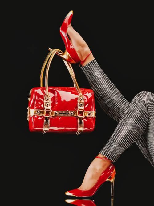 Tasche und Schuhe gesetzt wallpaper