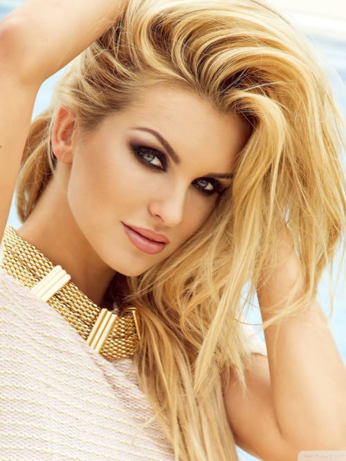 Blondes Modell wallpaper