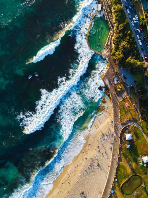 Bronte Beach wallpaper
