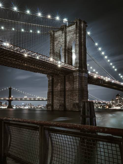 Brooklyn Brücke nachts wallpaper