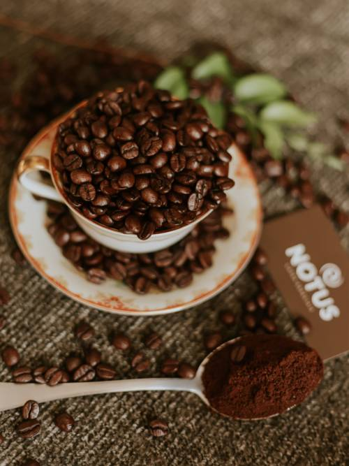 Cup of coffee beans wallpaper