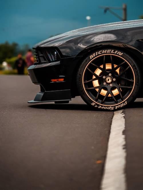 Fondo de pantalla de Ford Mustang para móviles y tablets