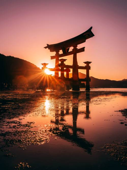 Itsukushima-Schrein wallpaper