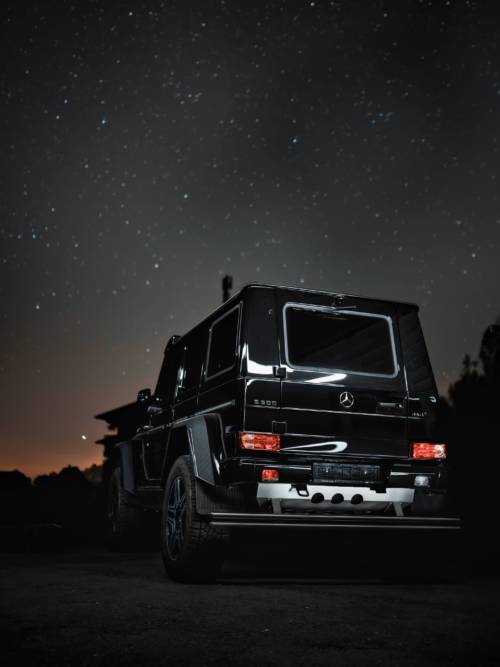 Mercedes-Benz G500 wallpaper