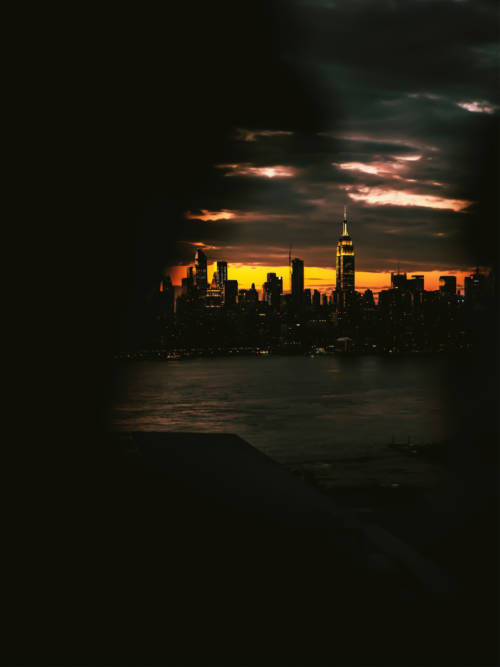 In New York bricht die Nacht herein wallpaper