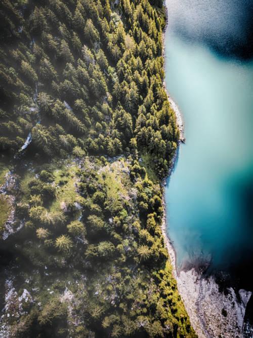 Papel de parede de Lago Oeschinen na Suíça