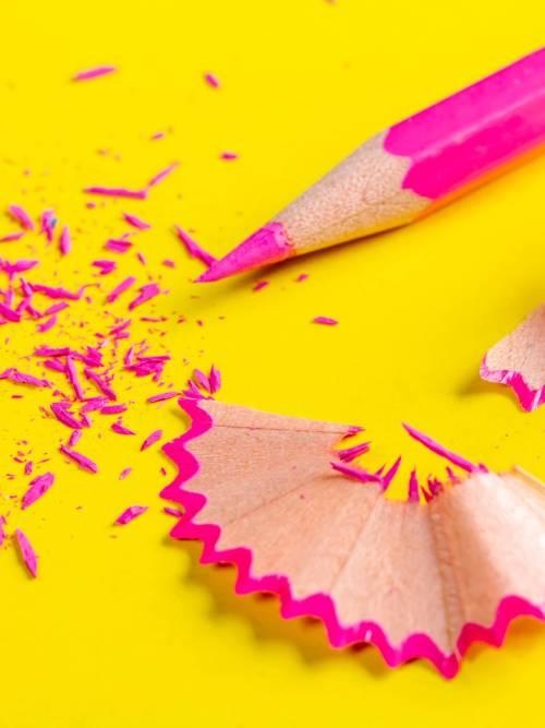 Schärfung des rosa Bleistift Wallpaper für Handys und Tablets