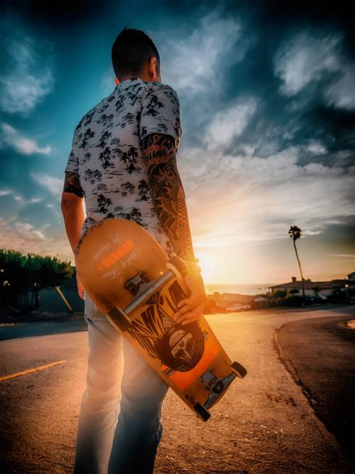 Skater im Sonnenuntergang wallpaper