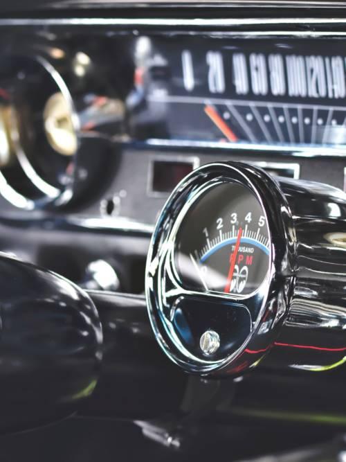 Fond d'écran de Compte-tours Ford Mustang pour mobiles et tablettes