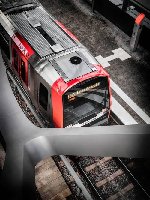 Train in Hamburg wallpaper