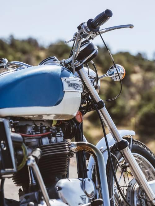 Vintage Triumph Motorrad Wallpaper für Handys und Tablets